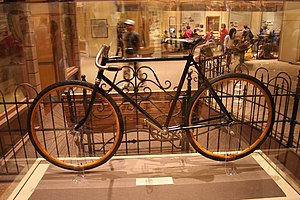 Wright brothers - Wright brothers' bicycle at the National Air and Space Museum
