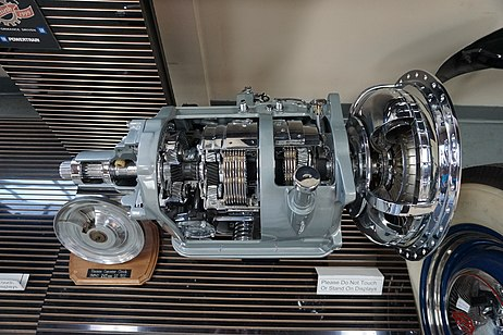 Ypsilanti Automotive Heritage Museum May 2015 052 (1939-56 Hydra-Matic Drive transmission).jpg
