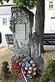 Zvole, pomník padlým (2013-07-29; 01).jpg