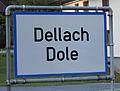 Zweisprachige Ortstafel Dellach.JPG