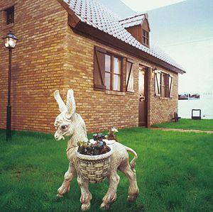 "Guillaume Bijl - ""Fami-Home"" installation, 1988, Belgium Pavilion, Biennial, Venice"