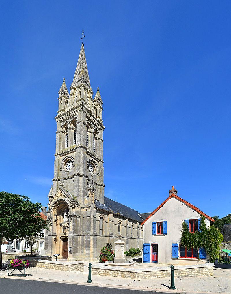 Église Saint-Pierre d'Arromanches-les-Bains (1).jpg