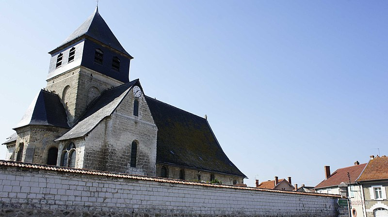 File:Église d'Epoye.jpg