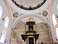 היכל בית הכנסת - מבט מבפנים.jpg