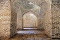 آجرچینی های دوره های مختلف تاریخی در کاروانسرای دیر گچین (33).jpg