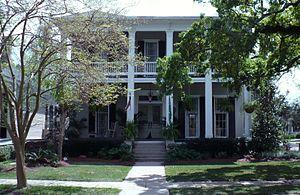 Oakleigh Garden Historic District - Image: 1013 Augusta Street