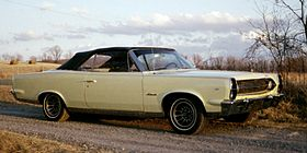 1967 Ambassador DPL conv top-up-winter-WV.jpg
