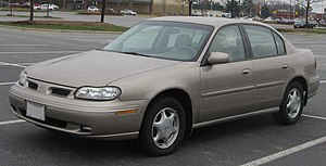 1997-1999 Oldsmobile Cutlass.jpg