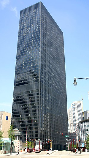Ludwig Mies van der Rohe - IBM Plaza, Chicago, Illinois