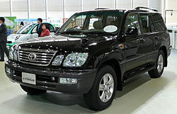 2005 Toyota Land Cruiser Cygnus (Japan)