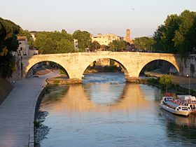 Image illustrative de l'article Pont Cestius