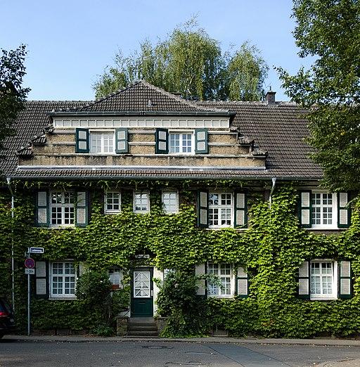 2018-08-19 Laubenweg 18, Essen-Margarethenhöhe (NRW)