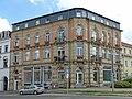 2019-08-04 Radeberg-Dresdner Straße 17, denkmalgeschütztes Wohn- und Geschäftshaus in Ecklage.jpg
