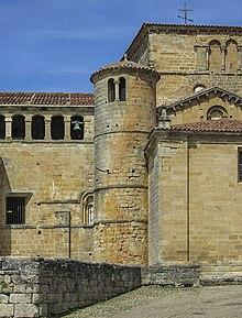 4. Collegiate of Santa Juliana, Santillana del Mar.jpg