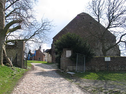 Gate on the north side assaulted by the 1st Legere who were led by sous-lieutenant Legros 800px-North gate Hougoumont.jpg