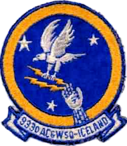 933d Aircraft Control and Warning Squadron.png