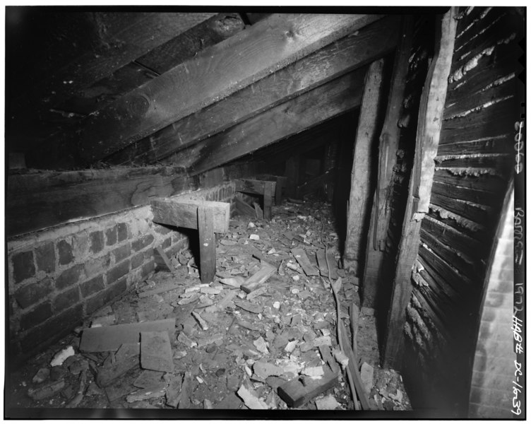 File:ATTIC, TYPICAL OUTRIGGING FOR EAST AND WEST WALLS - Decatur House, National Trust for Historic Preservation, 748 Jackson Place Northwest, Washington, District of Columbia, DC HABS DC,WASH,28-47.tif