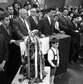 A mikrofonnál Pásztor Béla tanácselnök, majd a város polgármestere. Fortepan 89620.jpg