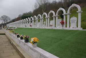 Aberfan Disaster Tribunal - Memorial marking the graves of children killed in the disaster