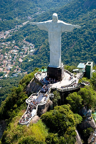 file aerial view of the statue of the redeemer jpg