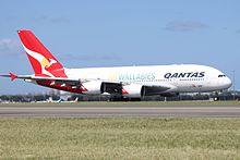 Airbus A380-842 Qantas VH-OQH (25668086045).jpg