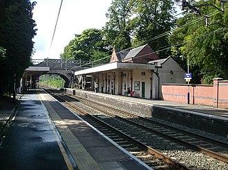 Alderley Edge railway station - Southward view from the Crewe-bound platform.