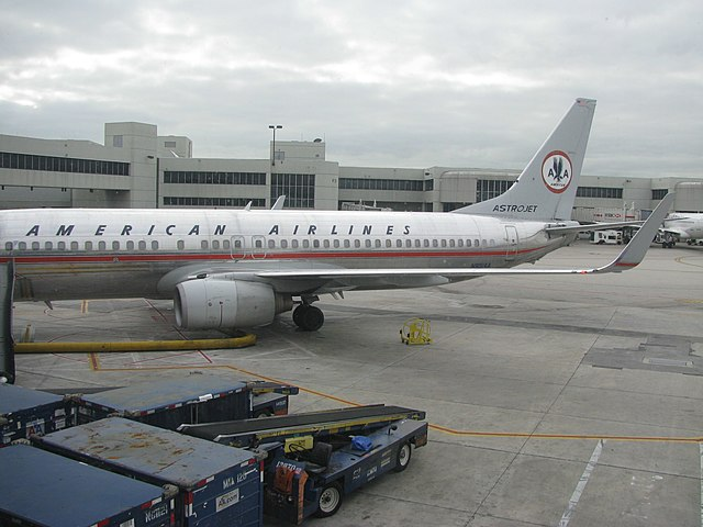 fileamerican airlines astrojet n951aajpg wikimedia commons