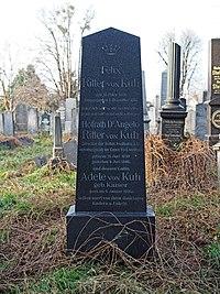 Angelo von Kuh grave, Vienna, 2017.jpg