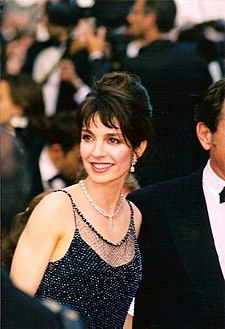 Anne Parillaud Cannes.jpg