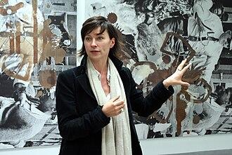 Art valuation - An art curator, Anne Pontégnie