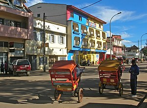 Antsirabe - Pousse-pousses in central Antsirabe