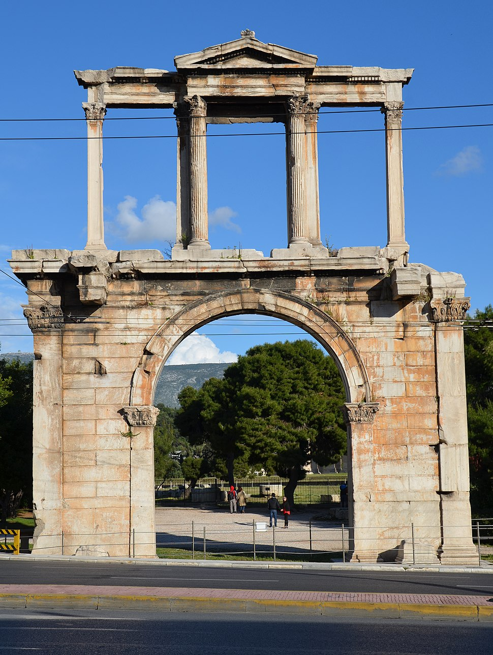 Arch of Hadrian, northwest side (towards the Acropolis), Athens (14038051163)