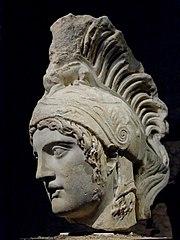 Κεφαλή κρανοφόρου Άρη. Ρωμαϊκό αντίγραφο (ύστερος 2ος αιώνας μ.Χ.) ελληνικού πρωτότυπου του 5ου αιώνα π.Χ. αποδιδόμενο στον Αλκαμένη.