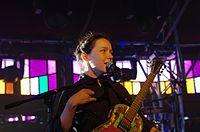 Arone Dyer (Buke) (Buke & Gase) (Haldern Pop Festival 2013) IMGP5903 smial wp.jpg