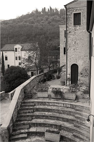 Influence of Italian humanism on Chaucer - Petrarch's Arquà house near Padua where he retired (picture taken 2009).