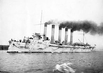 Funnel (ship) - The quintuple-funneled Russian cruiser Askold in 1901.