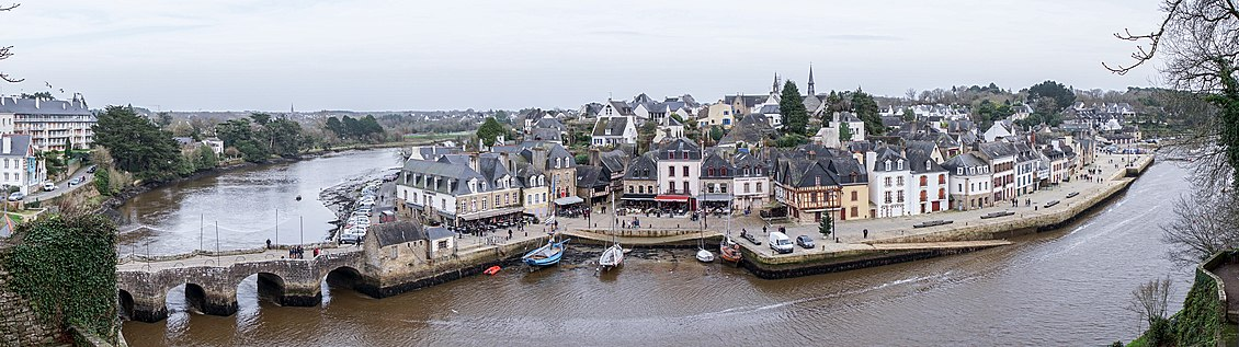 Auray - Panoramique Vieille Ville.jpg