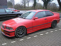 BMW 318iS Coupe (1992) frontleft.jpg