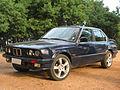 BMW 325i 1987 (8981942268).jpg