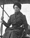 Baroness Gabriele von Schrenck-Notzing, 1912 (head and shoulders view, public domain).jpg