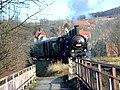 Beroun, parní vlak přejíždějící řeku II.jpg