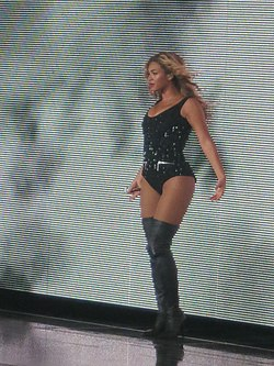 Beyonce at Barclays Center 2013.jpg