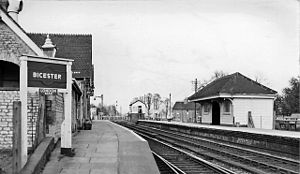 Bicester Village railway station - Bicester London Road with two platforms in 1961