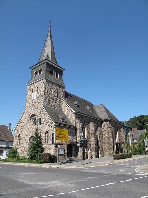 Biesfeld, kerk foto11 2010 08 14 11.32