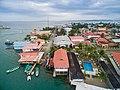 Bocas del toro Stadt (26668568151).jpg
