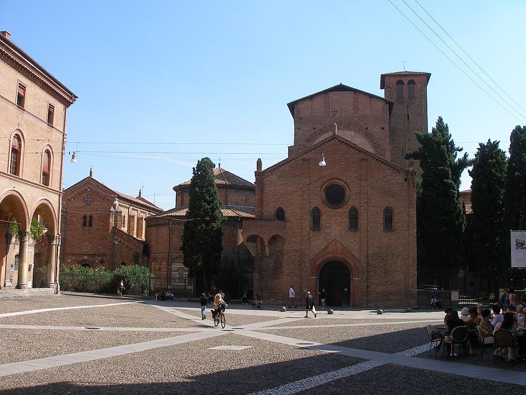 1024px-Bologna_2013_019 Bologna e dintorni da scoprire in auto