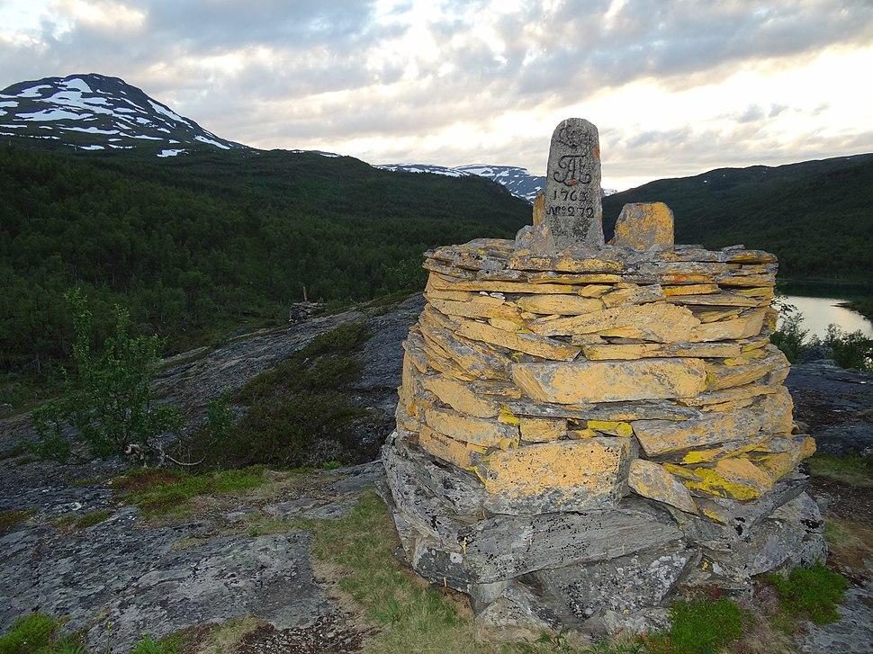 BorderPost272 - Norway and Sweden