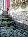 Bovelles église (gratte-pieds porte Sud) 1.jpg