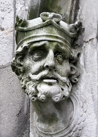 Brian Boru - Brian Boru sculpture outside Chapel Royal, Dublin, Dublin Castle