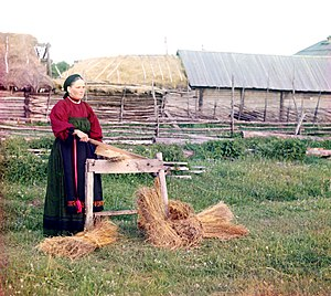 Textile manufacturing by pre-industrial methods - Breaking flax in pre-revolutionary Perm, Russia